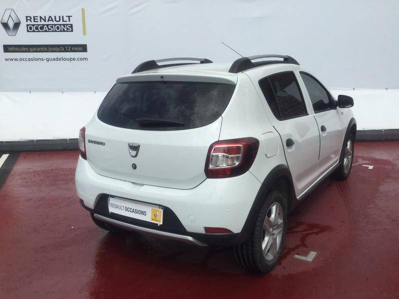 dacia sandero 1 5 dci 90ch eco stepway annonce voitures baie mahault guadeloupe cyphoma. Black Bedroom Furniture Sets. Home Design Ideas