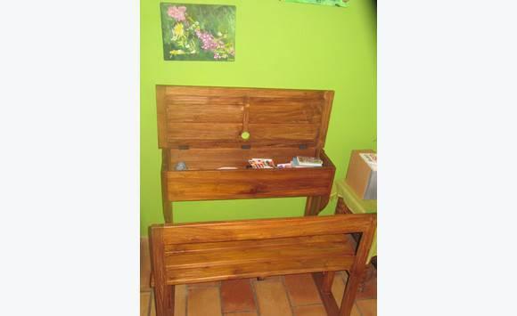 Bureau en teak annonce meubles et d coration baie for Bureau martin
