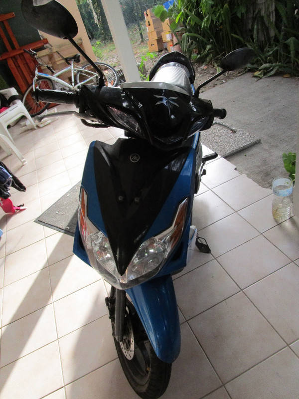 Scooter yamaha annonce motos scooter quad saint martin for Martins yamaha ocala