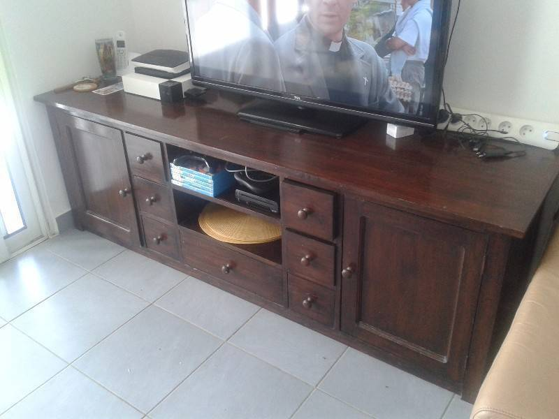 meuble en bois meurisier annonce meubles et d coration saint louis saint martin. Black Bedroom Furniture Sets. Home Design Ideas