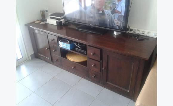 meuble en bois meurisier annonce meubles et d coration saint louis saint martin cyphoma. Black Bedroom Furniture Sets. Home Design Ideas