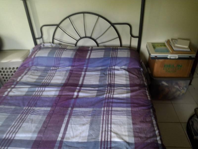 lit a baldaquin full size annonce meubles et d coration cul de sac saint martin. Black Bedroom Furniture Sets. Home Design Ideas