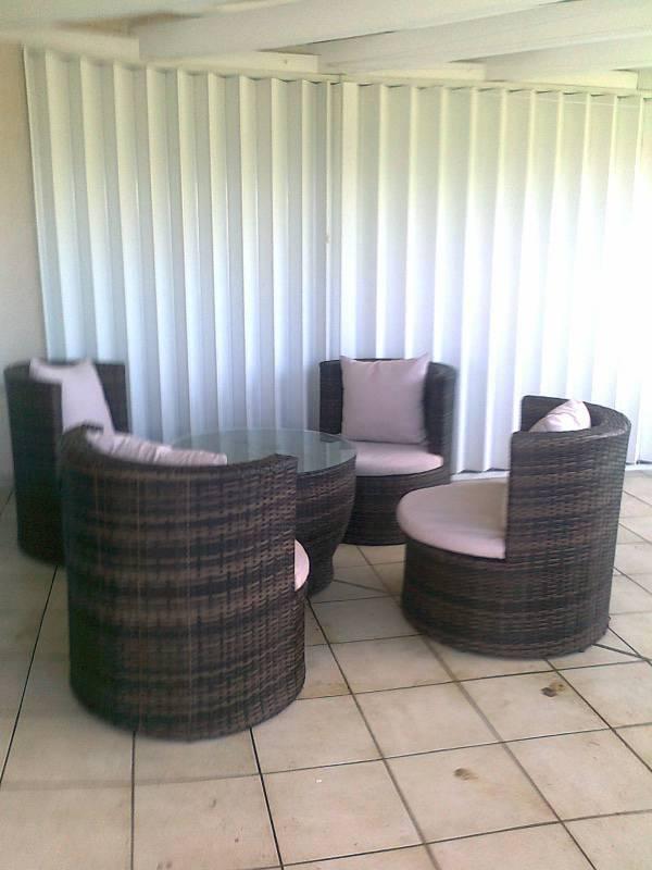 Salon d 39 exterieur en pvc tresse annonce mobilier et for Mobilier tresse exterieur