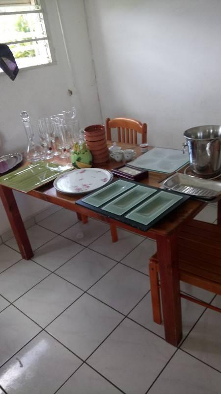 vaisselle bonne qualit petit prix annonce cuisine arts de la table guadeloupe. Black Bedroom Furniture Sets. Home Design Ideas