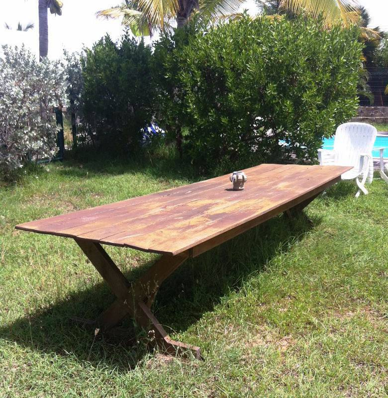 Large table of 3 m 70 classified ad furniture and for Large garden equipment