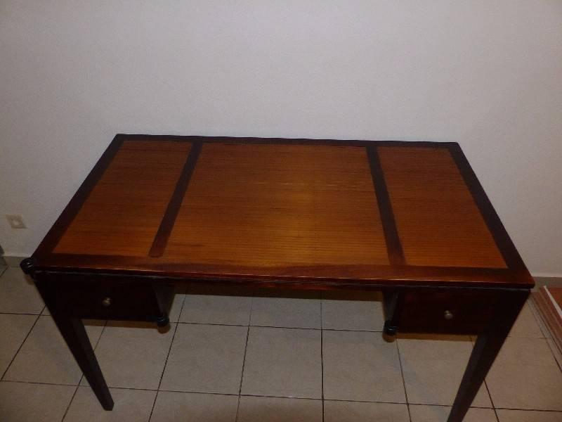 Bureau bois bambou annonce meubles et d coration for Bureau martin