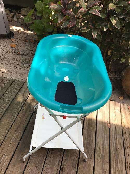 Baignoire sur pied annonce pu riculture equipement for Equipement baignoire