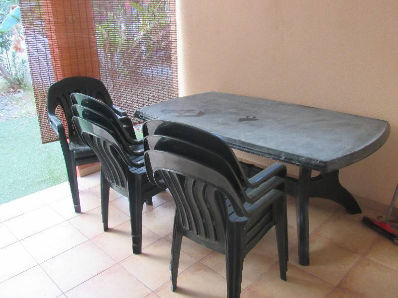 Table de jardin 8 chaises annonce mobilier et - Mobilier de jardin zyke saint etienne ...