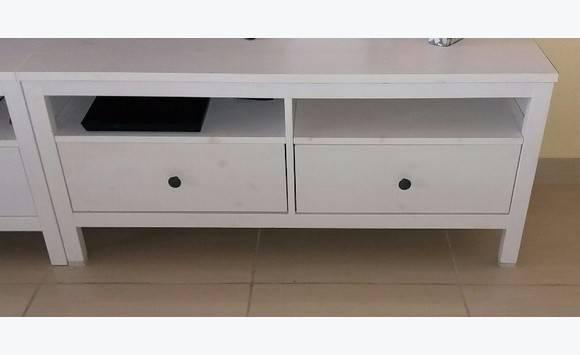 Meuble tv tiroir de vrai bois 2 annonce meubles et for Meuble yvrai