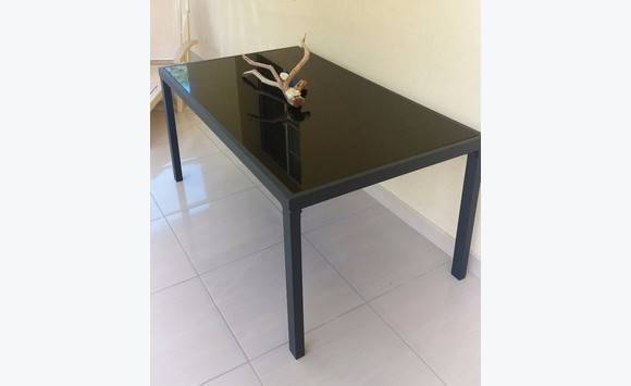 table d ext rieur annonce mobilier et quipement d 39 ext rieur philipsburg sint maarten. Black Bedroom Furniture Sets. Home Design Ideas