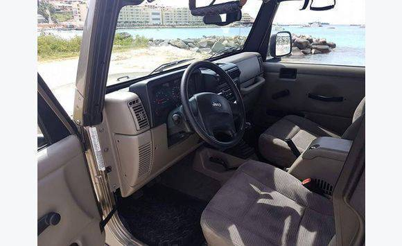 jeep rubicon annonce voitures sint maarten. Black Bedroom Furniture Sets. Home Design Ideas
