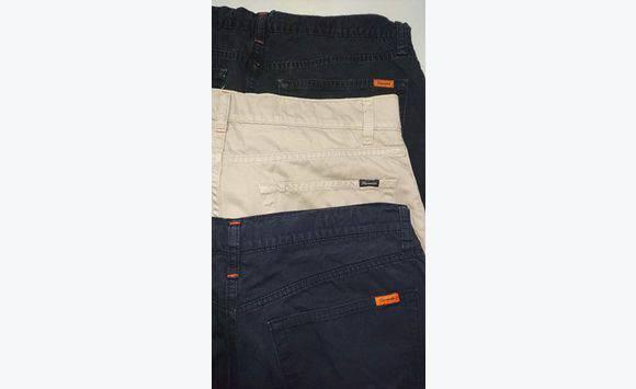 f3952310a2b3ac Jeans Levi S et pantalons Façonnable Homme