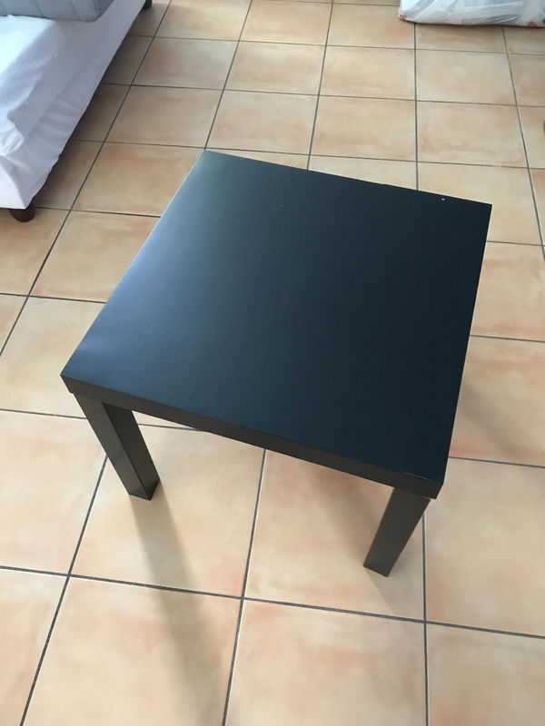 table basse ikea couleur weng annonce meubles et d coration les jardins d orient bay saint. Black Bedroom Furniture Sets. Home Design Ideas