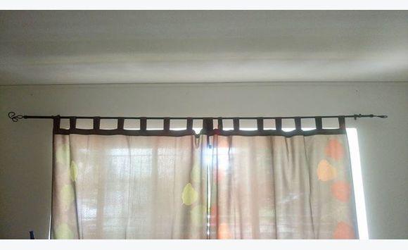 2 tringle portes 2 tringle fen tre annonce meubles et d coration sainte rose guadeloupe. Black Bedroom Furniture Sets. Home Design Ideas
