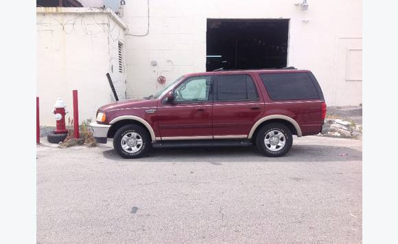 ford expedition 8 places annonce voitures marigot saint martin. Black Bedroom Furniture Sets. Home Design Ideas