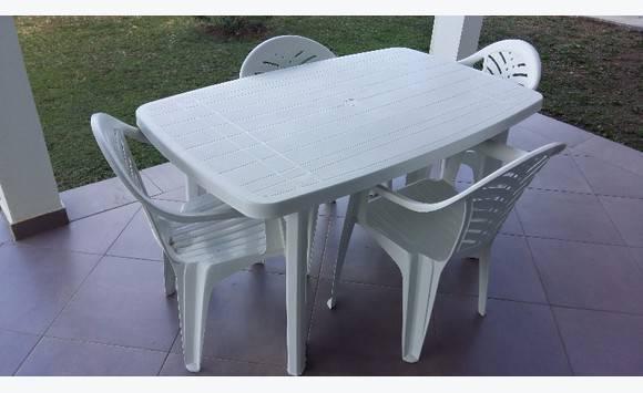 Oval Plastic Table Best Plastic 2018