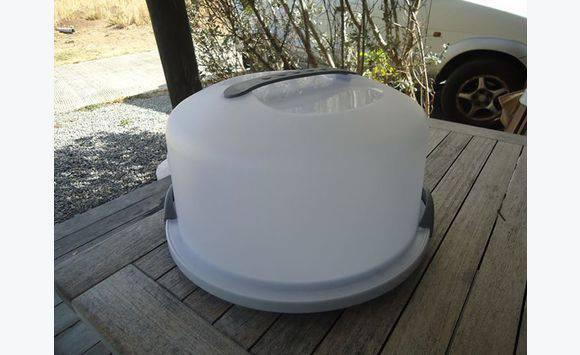 Boite plastique pour transporter gateau cuisine arts de la table saint barth lemy cyphoma - Boite plastique cuisine ...