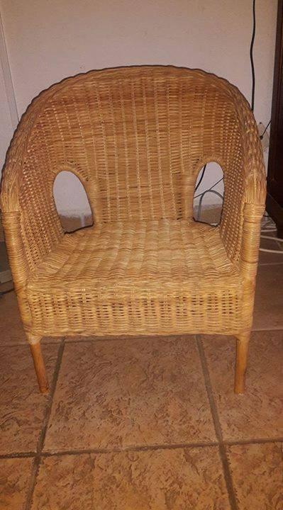 Petite Chaise En Osier