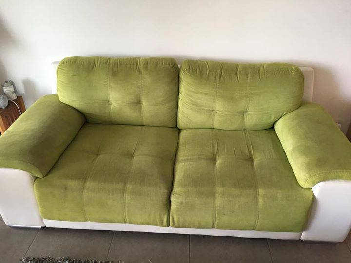 canap 2 places vert anis en daim annonce meubles et d coration arrondissement de fort de. Black Bedroom Furniture Sets. Home Design Ideas