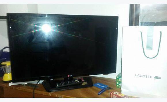 cran tv 42 pouces de l g plat annonce image son. Black Bedroom Furniture Sets. Home Design Ideas