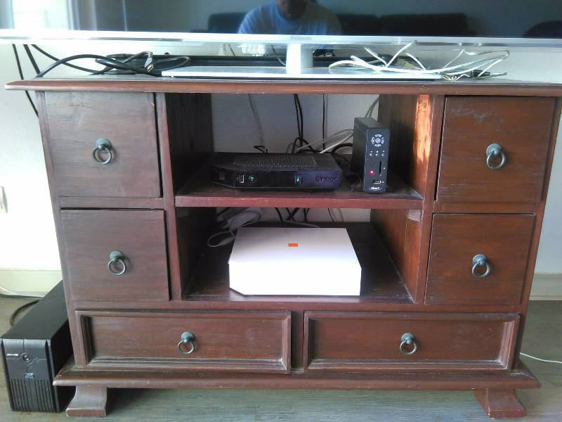 Meuble tele annonce meubles et d coration parc de la for Albert tremblay meuble la baie