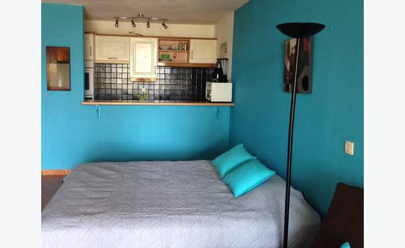 matelas 160x200 tr s bonne qualit annonce meubles et d coration cul de sac saint martin. Black Bedroom Furniture Sets. Home Design Ideas