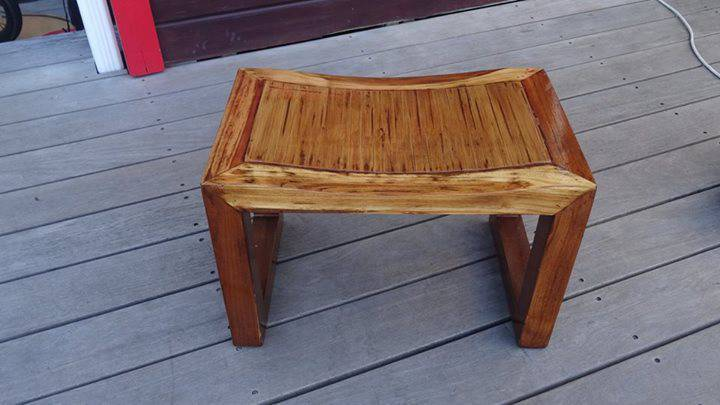 Tabouret de style japonais en bois annonce meubles et for Meuble bar japonais