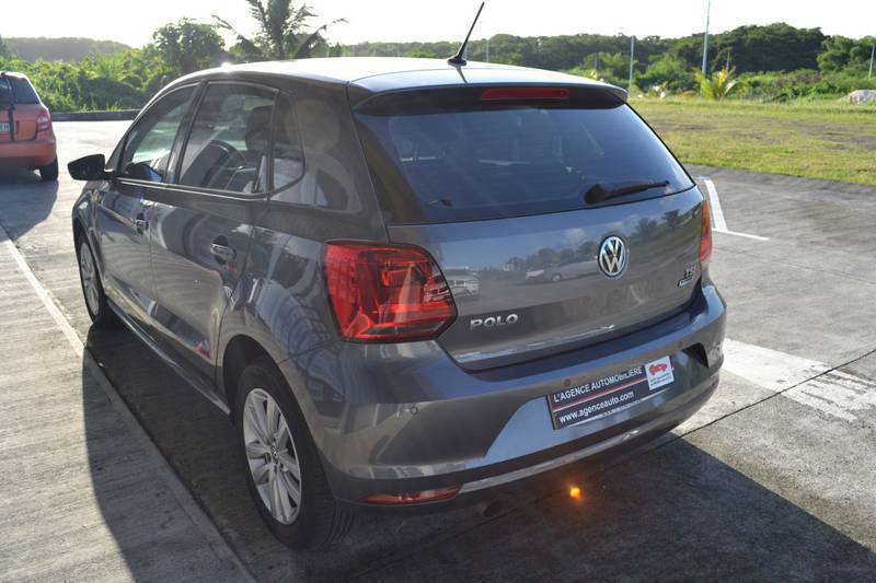 volkswagen polo 1 2 tsi 90ch bluemotion annonce voitures baie mahault guadeloupe. Black Bedroom Furniture Sets. Home Design Ideas