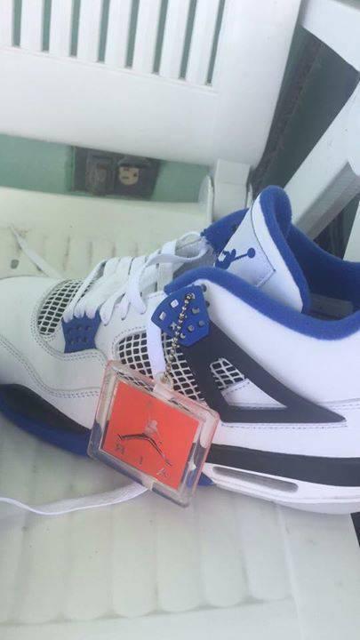 new arrival 85c55 791b2 Jordan Retro 4s Blue and White