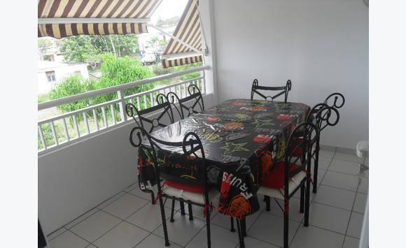 loue appartement neuf meubl ttc annonce locations appartement martinique. Black Bedroom Furniture Sets. Home Design Ideas