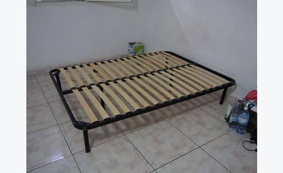 sommier 140 190 etat neuf de d cembre annonce meubles et d coration mayotte. Black Bedroom Furniture Sets. Home Design Ideas