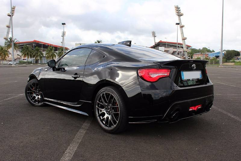 toyota gt86 upgraded annonce voitures fort de france martinique. Black Bedroom Furniture Sets. Home Design Ideas