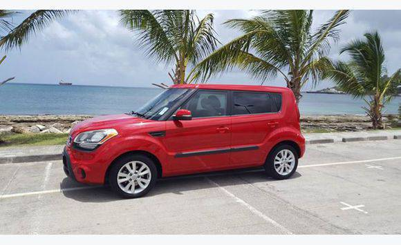 Lovely KIA Soul 2012