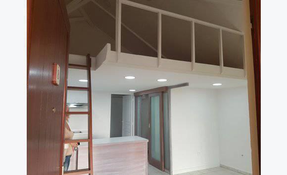 t2 petite mezzanine annonce locations appartement saint martin. Black Bedroom Furniture Sets. Home Design Ideas