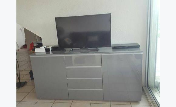 buffet gris laqu annonce meubles et d coration friar 39 s bay saint martin. Black Bedroom Furniture Sets. Home Design Ideas