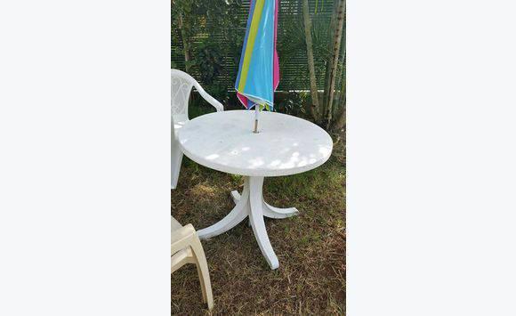 Table de jardin - Annonce - Meubles et Décoration Les Trois-Îlets ...