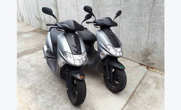 2 x scooters kymco 50cc classified ad motorbikes. Black Bedroom Furniture Sets. Home Design Ideas