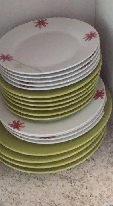 Ensembles de vaisselle annonce cuisine arts de la for Art de la table vaisselle