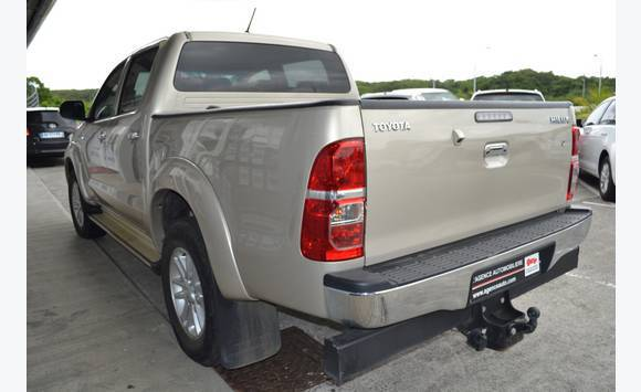 toyota hilux 144 d-4d double cabine. - voitures guadeloupe • cyphoma