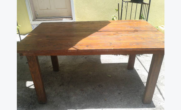 Table bois massif en sapin  Annonce  Meubles et Décoration Mont Vernon Sain