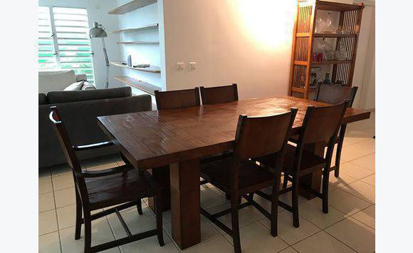 salle manger table 2m x 1m 6 chaises buffet. Black Bedroom Furniture Sets. Home Design Ideas