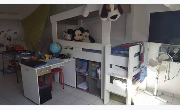 lit combi enfant blanc annonce meubles et d coration baie mahault guadeloupe. Black Bedroom Furniture Sets. Home Design Ideas