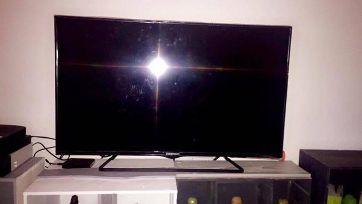 TV LED 40 inch element  - Images - Sound Saint Martin • Cyphoma