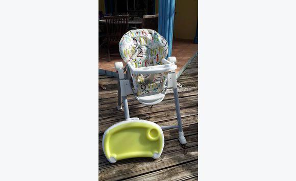 chaise haute graco annonce pu riculture equipement b b parc de la baie orientale saint martin. Black Bedroom Furniture Sets. Home Design Ideas