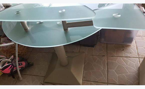 Bureau en verre trempé meubles et décoration guadeloupe u cyphoma