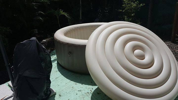 Jacuzzi marque intex annonce mobilier et quipement d - Mobilier jardin exterieur fort de france ...