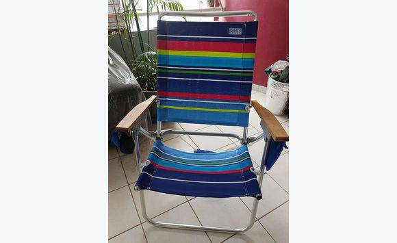 chaise de plage annonce mobilier et quipement d 39 ext rieur spring garden sint maarten. Black Bedroom Furniture Sets. Home Design Ideas