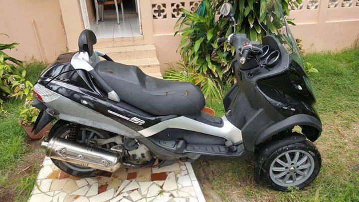 piaggio mp3 400cc - classified ad - motorbikes - scooters - quads