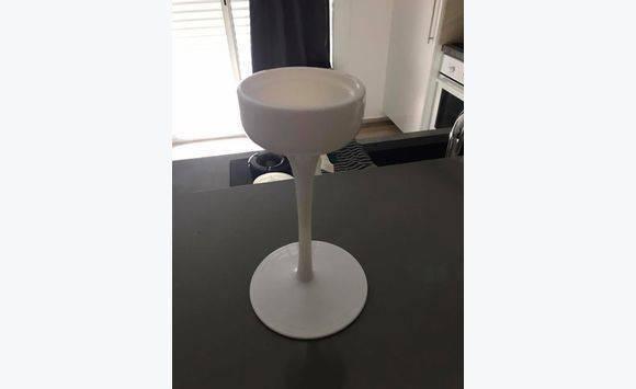 bougeoir blanc etag re ikea annonce meubles et. Black Bedroom Furniture Sets. Home Design Ideas