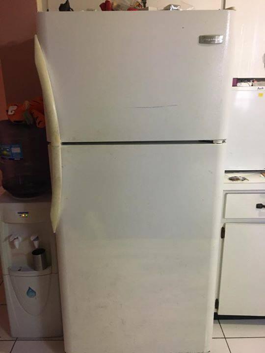 Réfrigérateur de marque frigidaire - Annonce - Électroménager Sint ...